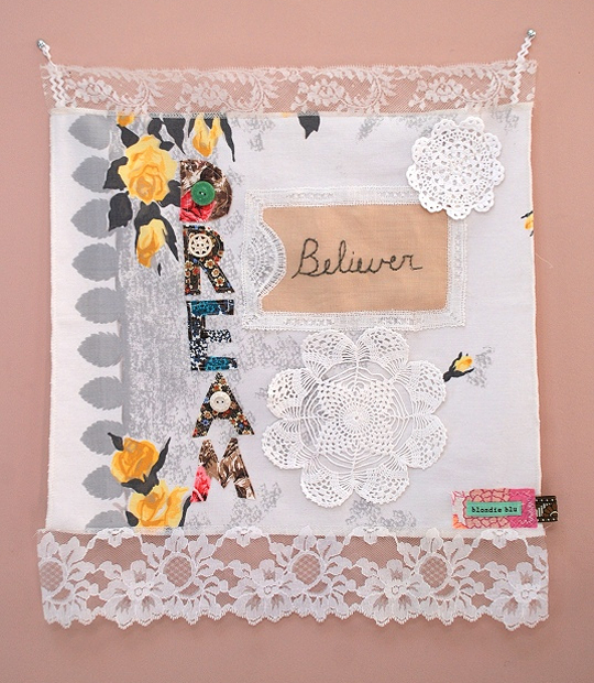 Blondiebluvintage-wall-hanging