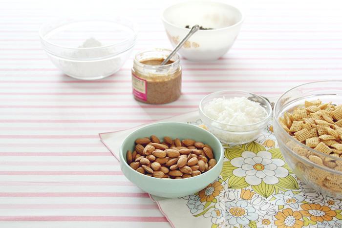Almond-joy-puppy-chow-ingredients