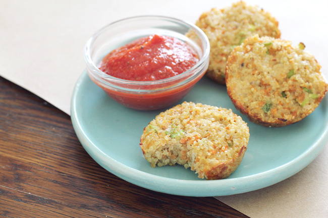 Cheesy-quinoa-dippers-with-marinara-sauce