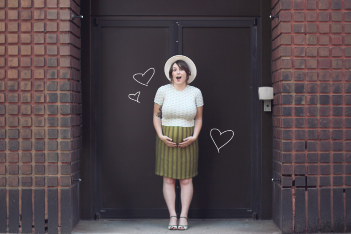 maternity style blogger fashion 26 weeks baby bump